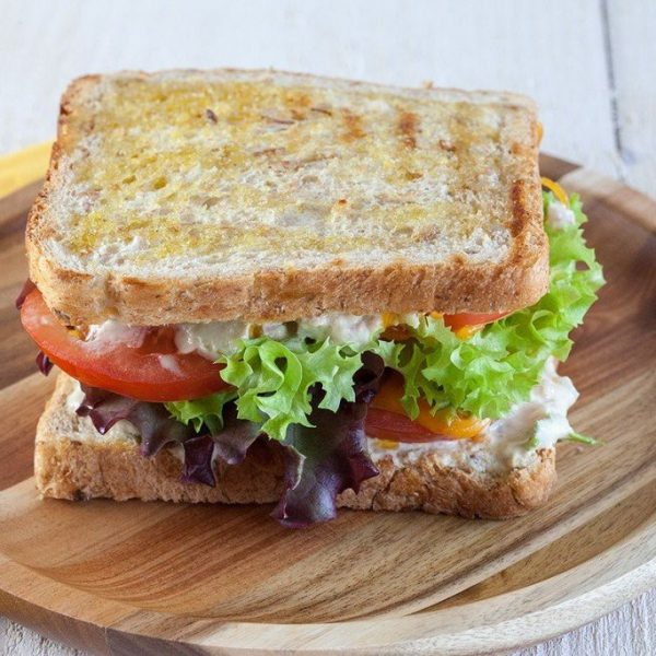 ساندویچ تن ماهی خوشمزه با قارچ و پنیر - دستور آشپزی - تن ماهی - برکه