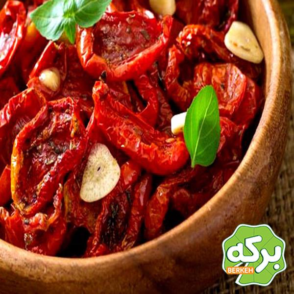 گوجه فرنگی را با این روش در ماکروویو خشک کنید!